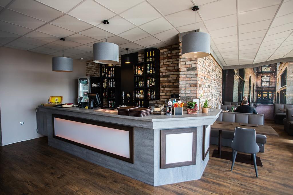 hotel cargo restauracja w Słubicach
