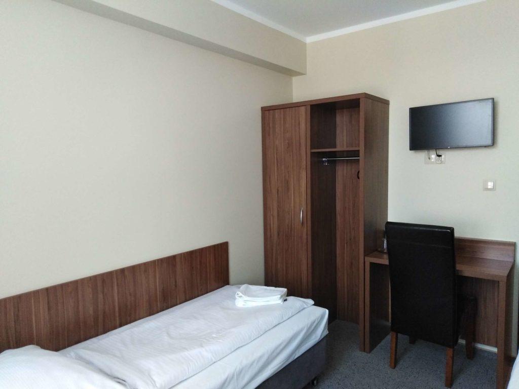 pokój jednoosobowy w hotelu cargo